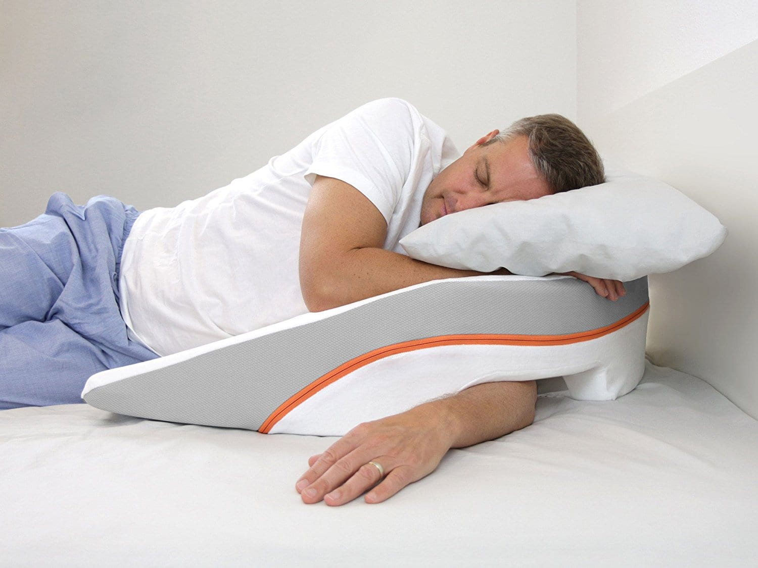 The Best Pillows For Side Sleepers Of 2020 Ergonomic Comfort