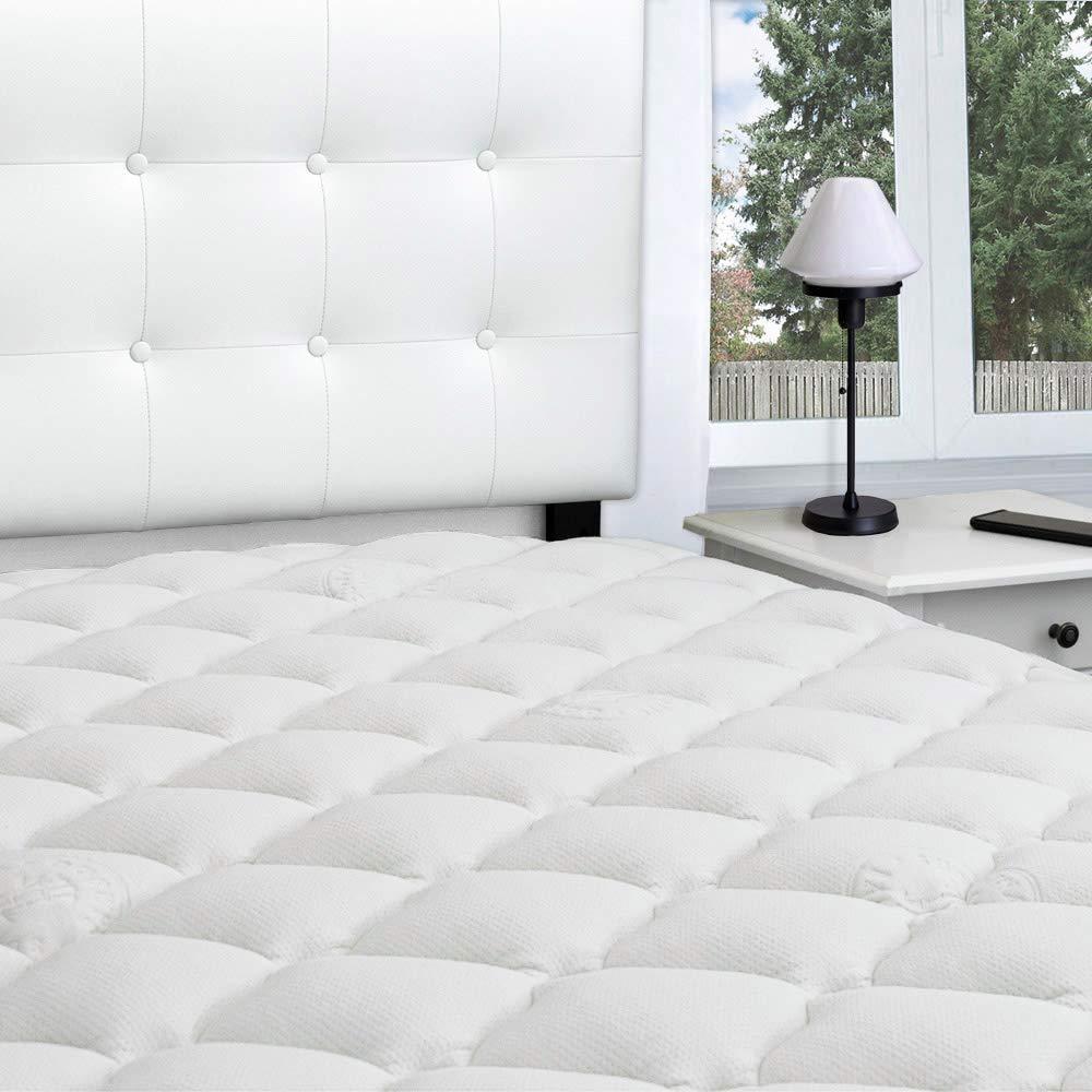eLuxurySupply bamboo mattress topper review by www.dailysleep.org