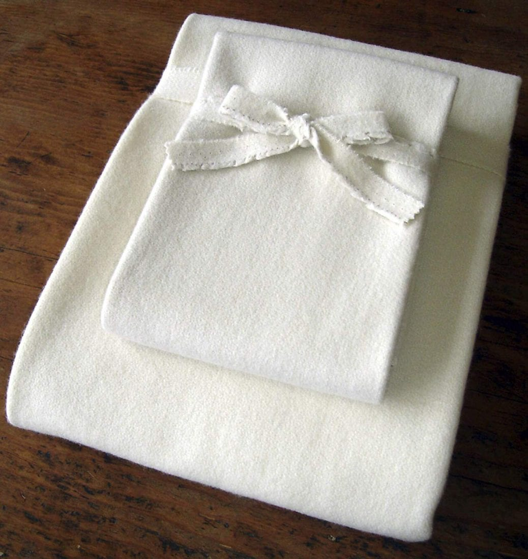 Holy Lamb best mattress protector review by www.dailysleep.org