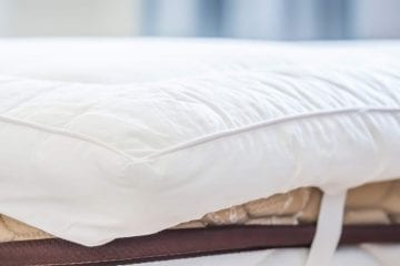 best soft mattress topper by www.dailysleep.org