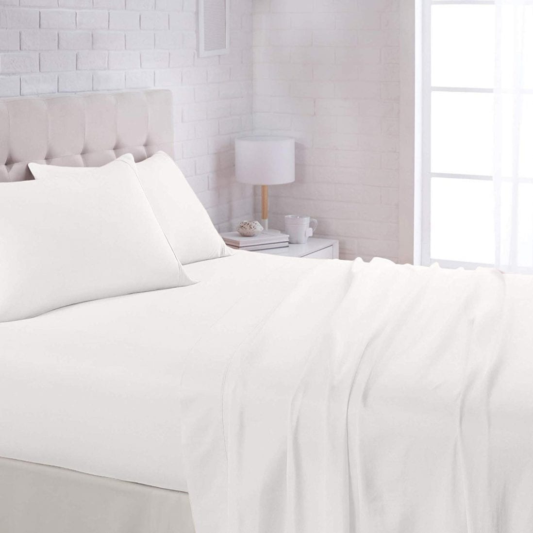 AmazonBasics Best Cooling Sheets for Hot Sleepers Review and Buying Guide by www.dailysleep.org