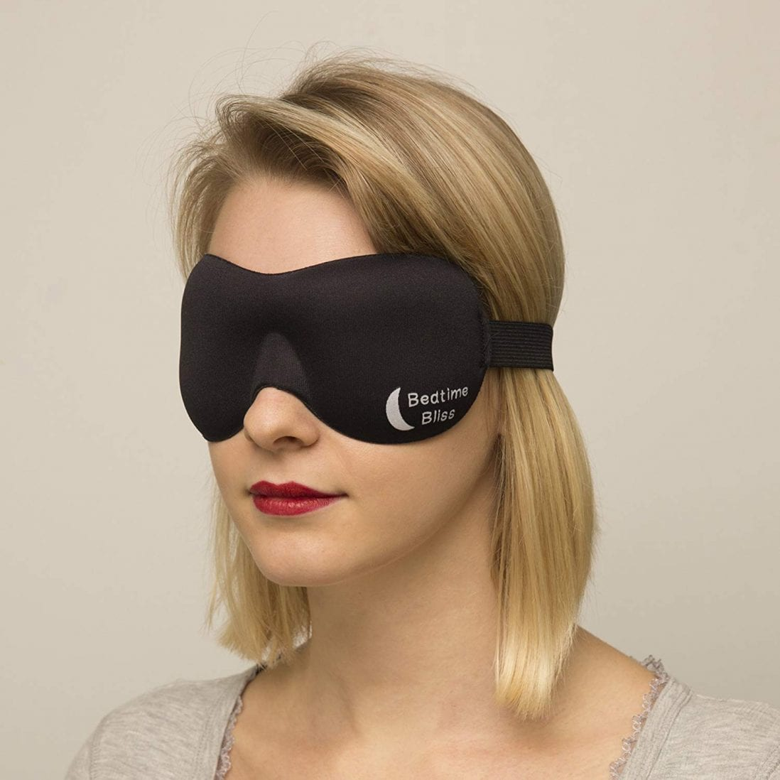 Bedtime Bliss Best Sleep Mask Review and Buying Guide by www.dailysleep.org