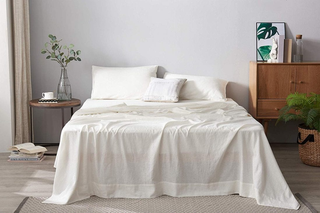 DAPU Best Cooling Sheets for Hot Sleepers Review and Buying Guide by www.dailysleep.org