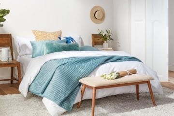 best cooling blanket reviews and buying guide by www.dailysleep.org